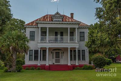 Photograph - Bonneau Ursula Morrison Mcgillvray House by Dale Powell