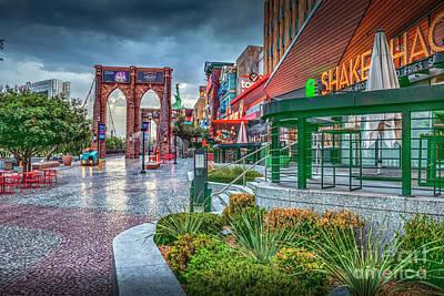 Photograph - Shake Shack Ny Ny Hotel Casino by David Zanzinger