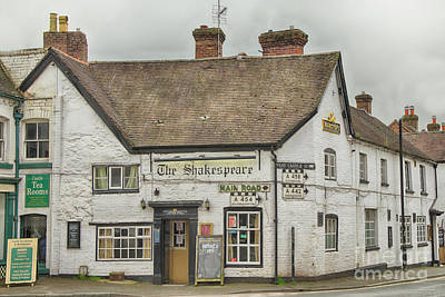 Photograph - Shakespeare Inn, Bridgnorth by Linsey Williams