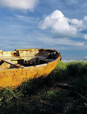 Photograph - Shanghai Boat On Beach by Robert Potts