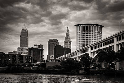 Photograph - Sharing The River by Dale Kincaid