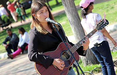 Blue Hues - Sunday Afternoon In The Park -- With Music by Cora Wandel
