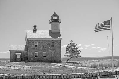 Photograph - Sheffield Island Light by Karol Livote