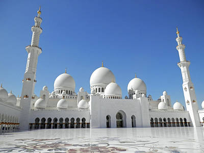Photograph - Sheikh Zayed Grand Mosque by Pema Hou