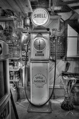 Photograph - Shell Gas Pump by Williams-Cairns Photography LLC