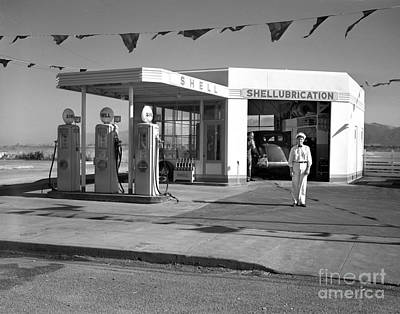 Photograph - Shell Gas Station 1941 by California Views Mr Pat Hathaway Archives