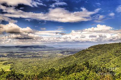 Shenandoah National Park Photograph - Shenandoah National Park - Sky And Clouds by Kerri Farley