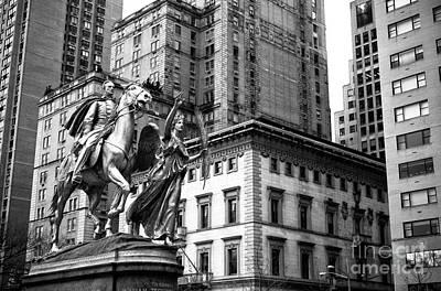 Grand Army Plaza Photograph - Sherman Rising In New York City by John Rizzuto