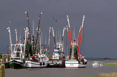 Photograph - Shim Creek Shrimp Boats by Ken Barrett
