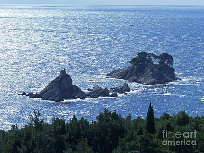 Photograph - Shimmering Sea - Katic Islands by Phil Banks