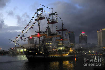 Skyline Photograph - Ship In The Bay by David Lee Thompson
