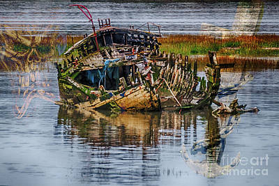 Photograph - Shipwreck by Steve Purnell
