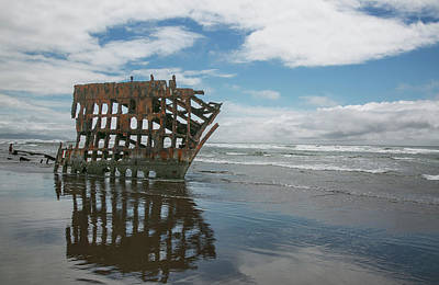 Photograph - Shipwreck by Elvira Butler