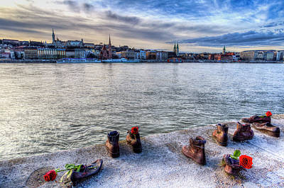 Photograph - Shoes On The Danube Memorial by David Pyatt