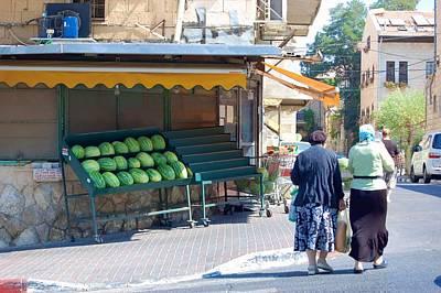 Shopping For Shabbat In Jerusalem Art Print by Susan Heller