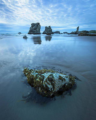 Photograph - Shoreline Rock Formations by Rick Strobaugh