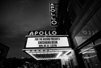 Photograph - Shoshana At The Apollo 5649 Bw1 by Dave Beckerman