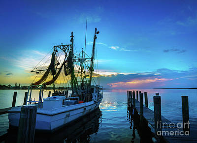 Boat Pier Photograph - Shrimp Boat Sunset by Jon Neidert