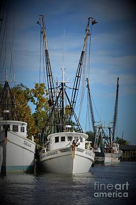 Photograph - Shrimpers In For The Day -2 by Bob Sample