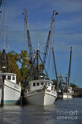 Photograph - Shrimpers In For The Day -4 by Bob Sample