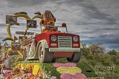 Photograph - Shriners Fezzy Races To Adventure 2 by David Zanzinger