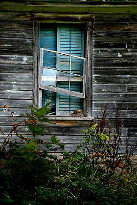 Photograph - Shuttered Hopes by Emily Stauring