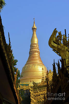 Digital Art - Shwedagon Pagoda Yangon by Eva Kaufman
