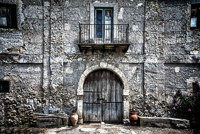 Photograph - Sicilian Farm House by Patrick Boening