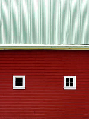 Photograph - Side Of A Big Red Barn In The Palouse by Carol Leigh