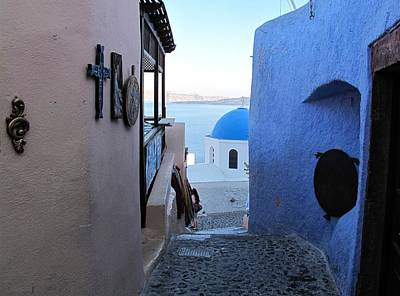 Side Street Santorini Art Print by Martine Murphy