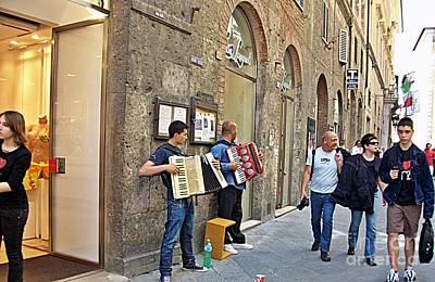 Photograph - Siena-28 by Rezzan Erguvan-Onal