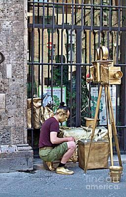 Photograph - Siena-29 by Rezzan Erguvan-Onal