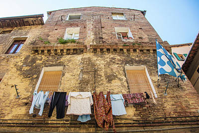Photograph - Siena Clothes Line  by John McGraw