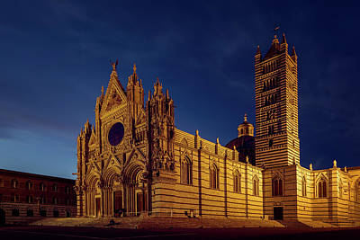 Tuscan Dusk Photograph - Siena Italy Cathedral by Joan Carroll