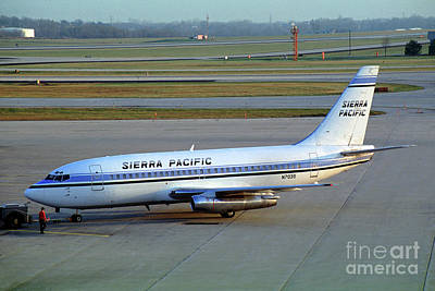 Fixed Wing Multi Engine Photograph - Sierra Pacific Airlines Boeing 737, N703s by Wernher Krutein