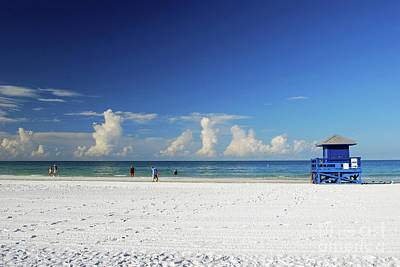 Photograph - Siesta Key Life Guard Shack by Gary Wonning