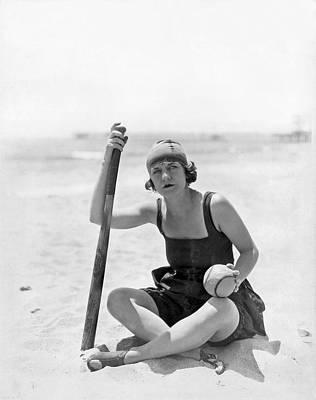Dana Photograph - Silent Film Star Viola Dana by Underwood Archives