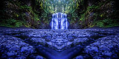 Silver Falls - Upper North Falls Reflection 2 Art Print
