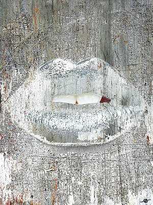 Mixed Media - Silver Kiss by Tony Rubino