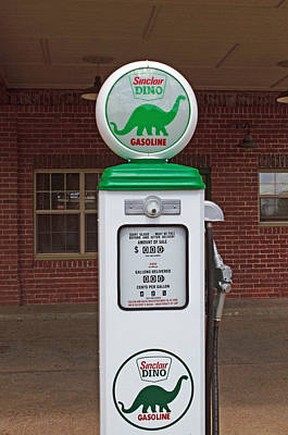 Photograph - Sinclair Dino Gasoline Pump by Tikvah's Hope