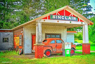 Photograph - Sinclair Gas Station by LeeAnn McLaneGoetz McLaneGoetzStudioLLCcom