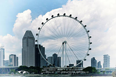 Photograph - Singapore Flyer No. 6-1 by Sandy Taylor