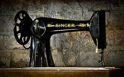 Photograph - Singer by Ronda Broatch
