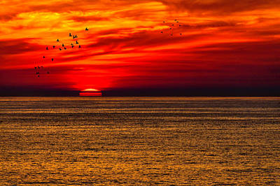 Photograph - Sinking Setting Sun by Garry Gay