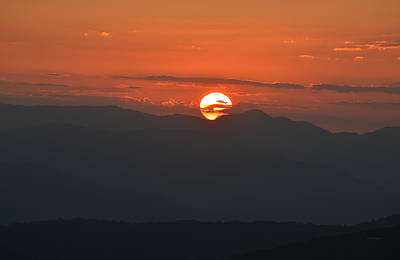 Photograph - Sinking Sun Behind The Great Smoky Mountains by RD Erickson