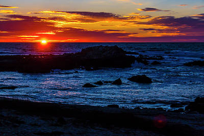 Photograph - Sinking Sun by Garry Gay