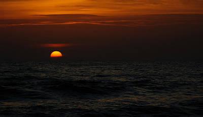 Photograph - Sinking Sun by Judy Wanamaker