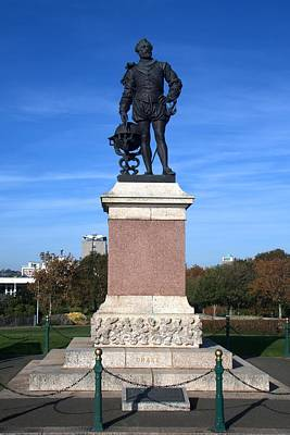 Photograph - Sir Francis Drake Statue by Chris Day