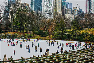 Art Print featuring the photograph Skating At Central Park by Sandy Moulder