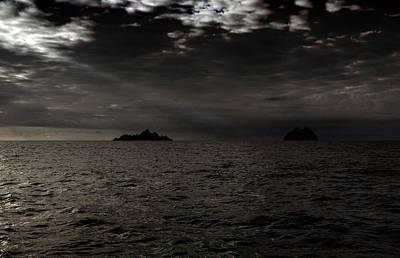 Photograph - Skellig Ray by Bill Jordan